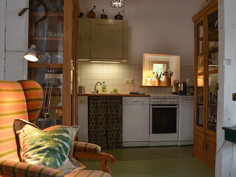 Im Turm - Blick in die Küche