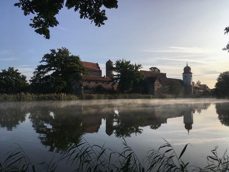 Schloss Sommersdorf im Abendrot